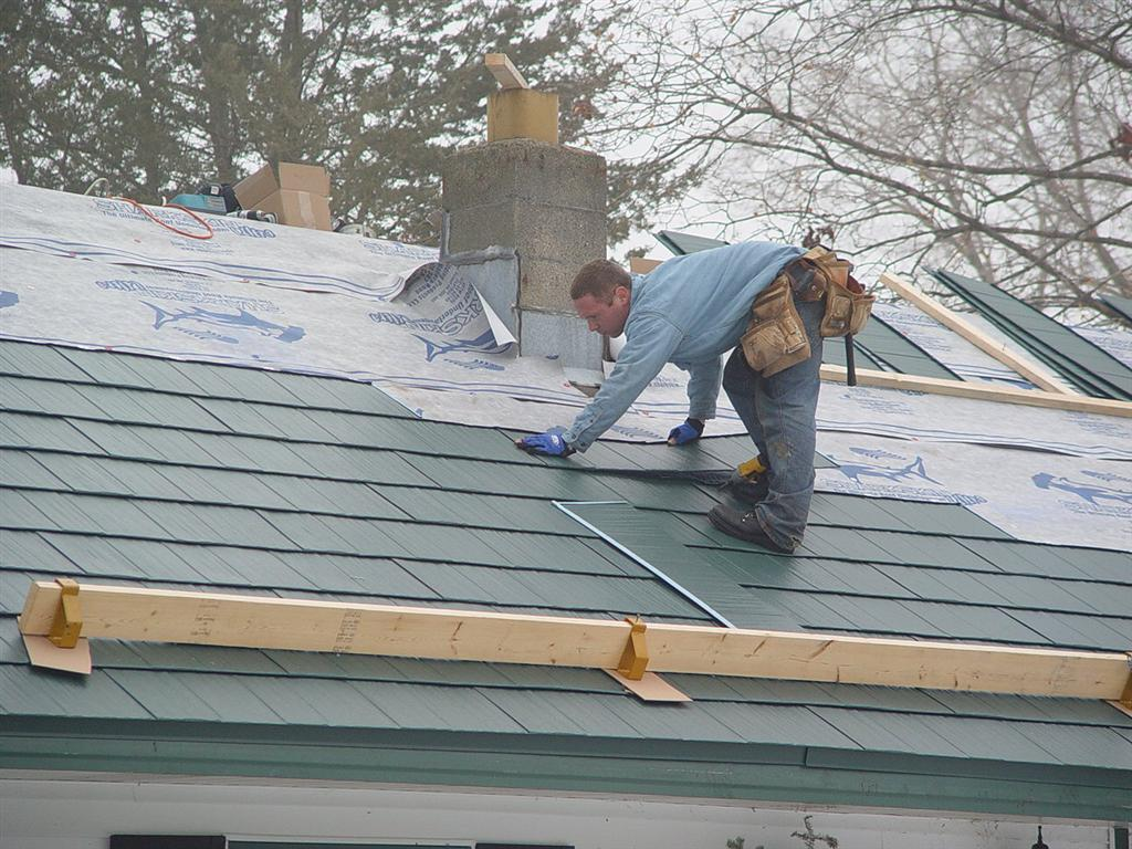 3 Tips To Protect Your Roof Against Winter Weather From